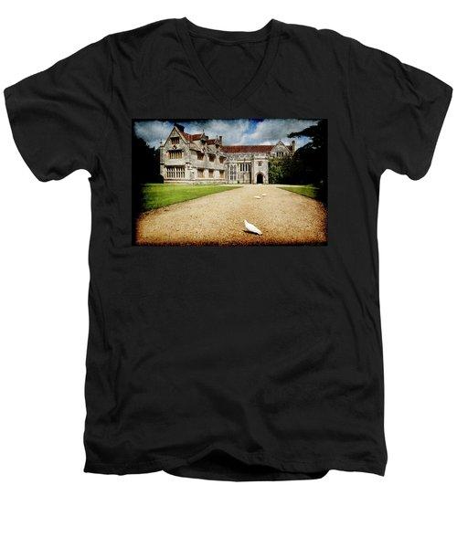 Athelhamptom Manor House Men's V-Neck T-Shirt