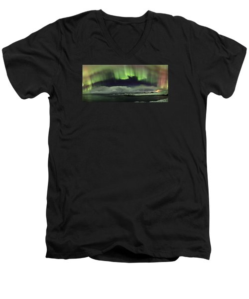 Aurora Polaris Panoramic II Men's V-Neck T-Shirt