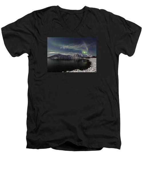 Auroras Over The Bay Men's V-Neck T-Shirt