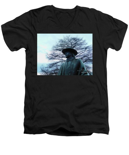 Austin Hike And Bike Trail - Iconic Austin Statue Stevie Ray Vaughn - Two Men's V-Neck T-Shirt