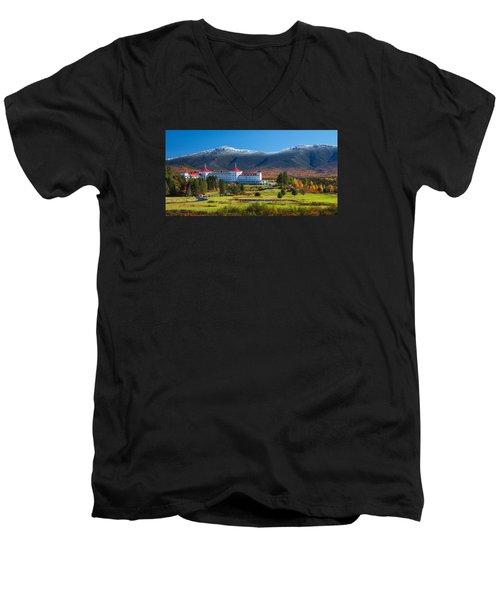 Autumn At The Mount Washington Crop Men's V-Neck T-Shirt