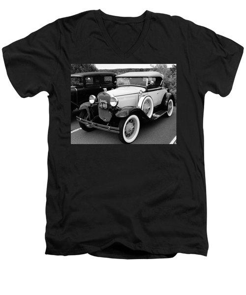 Back In Time Men's V-Neck T-Shirt