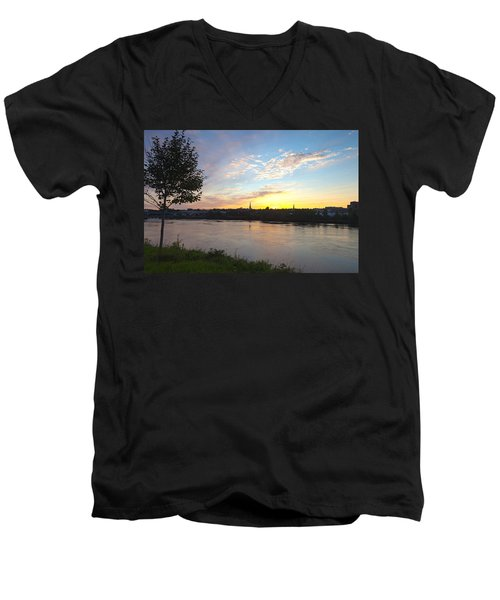 Bangor Sunset Men's V-Neck T-Shirt