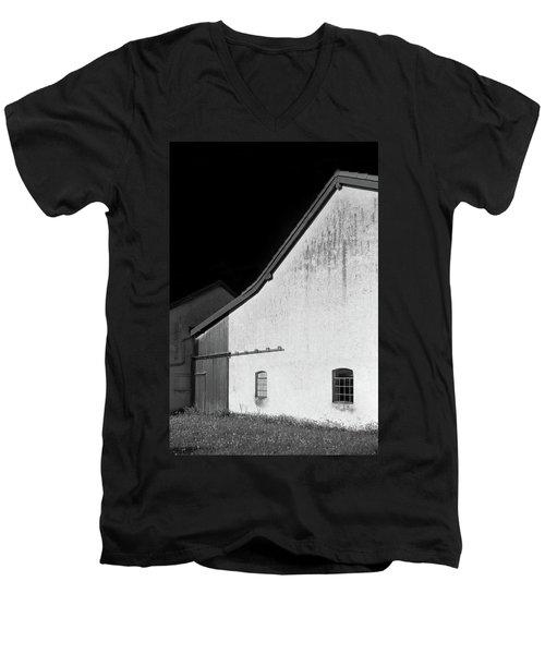 Barn, Germany Men's V-Neck T-Shirt