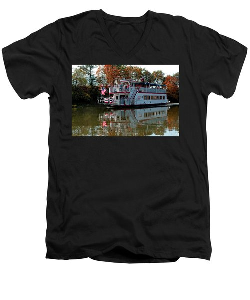 Men's V-Neck T-Shirt featuring the photograph Bavarian Belle Riverboat by LeeAnn McLaneGoetz McLaneGoetzStudioLLCcom