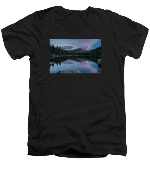 Bear Lake Sunset Men's V-Neck T-Shirt