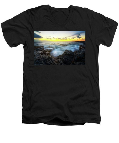 Men's V-Neck T-Shirt featuring the photograph Beautiful Ending by Ryan Manuel