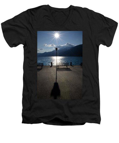 Bench And Street Lamp Men's V-Neck T-Shirt