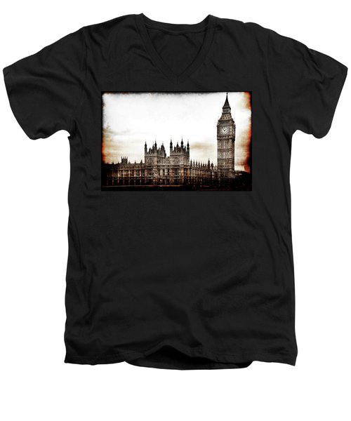 Big Bend And The Palace Of Westminster Men's V-Neck T-Shirt