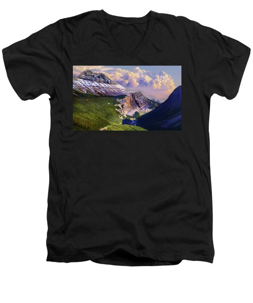 Men's V-Neck T-Shirt featuring the photograph Big Bend by John Poon
