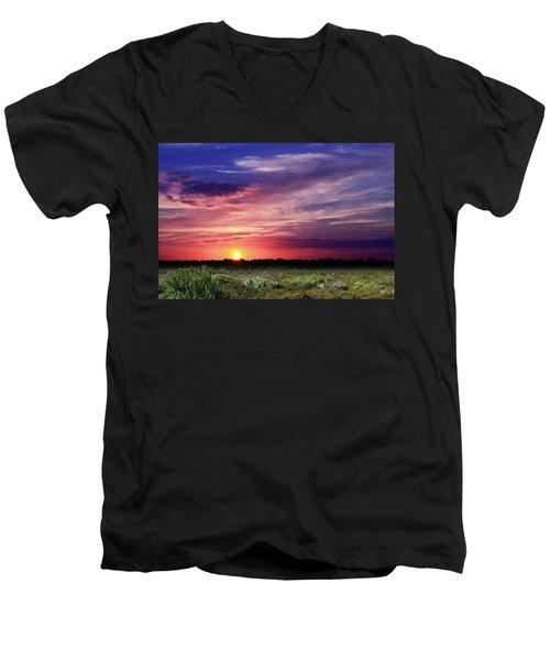 Big Texas Sky Men's V-Neck T-Shirt