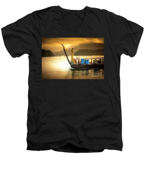 Binging The Goods Men's V-Neck T-Shirt