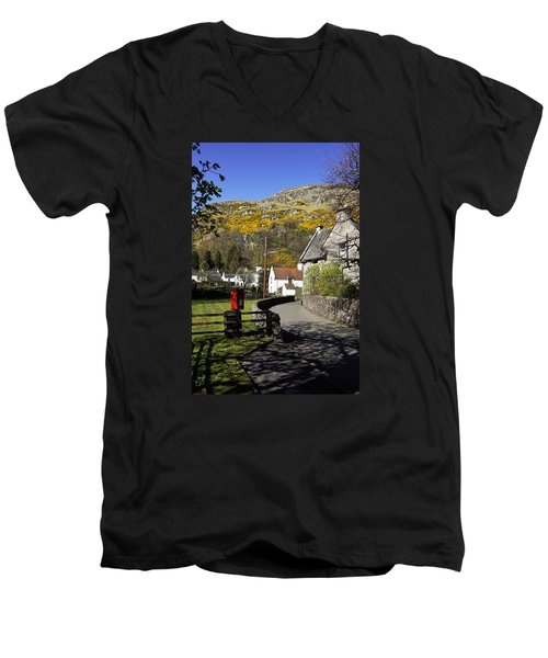 Men's V-Neck T-Shirt featuring the photograph Blairlogie by Jeremy Lavender Photography