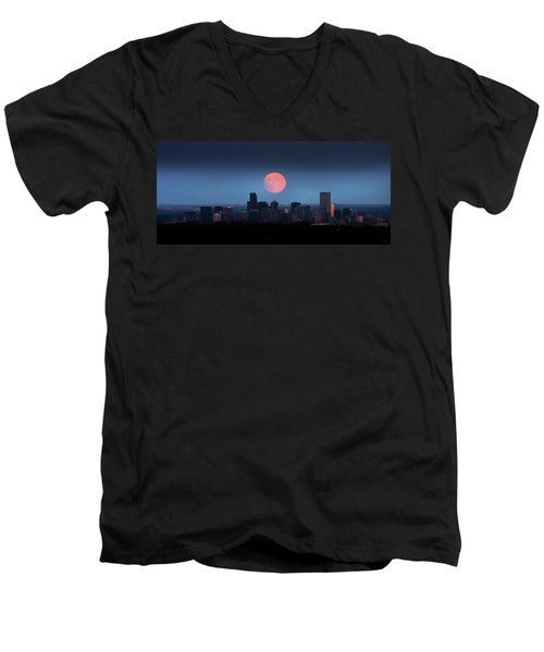 Blood Moon Over Denver Men's V-Neck T-Shirt