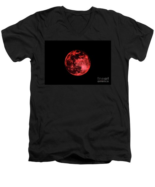 Men's V-Neck T-Shirt featuring the photograph Blood Red Moonscape 3644b by Ricardos Creations