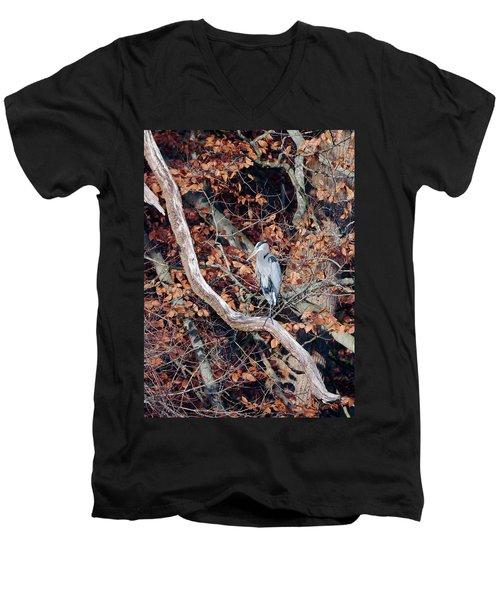 Blue Heron In Tree Men's V-Neck T-Shirt