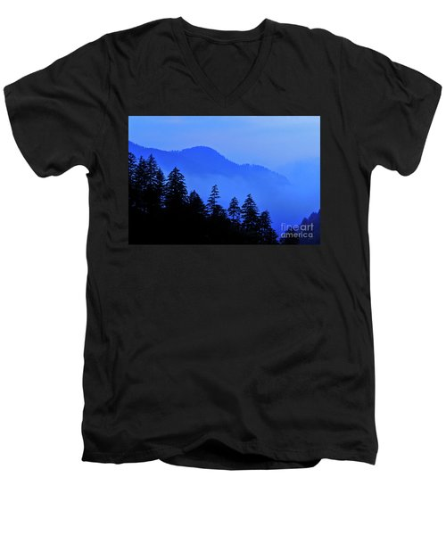 Men's V-Neck T-Shirt featuring the photograph Blue Morning - Fs000064 by Daniel Dempster