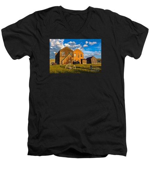 Bodie Near Sunset Men's V-Neck T-Shirt