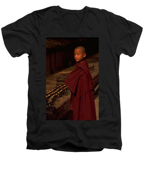 Boy Buddhist In Bodh Gaya Men's V-Neck T-Shirt