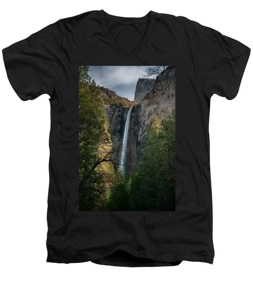 Bridal Veil Falls Men's V-Neck T-Shirt