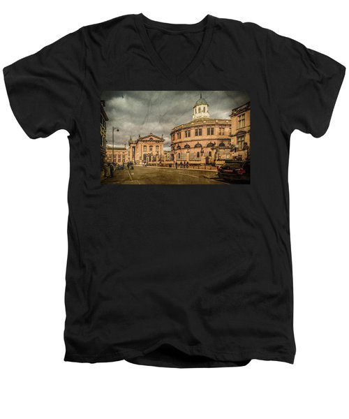 Oxford, England - Broad Street Men's V-Neck T-Shirt