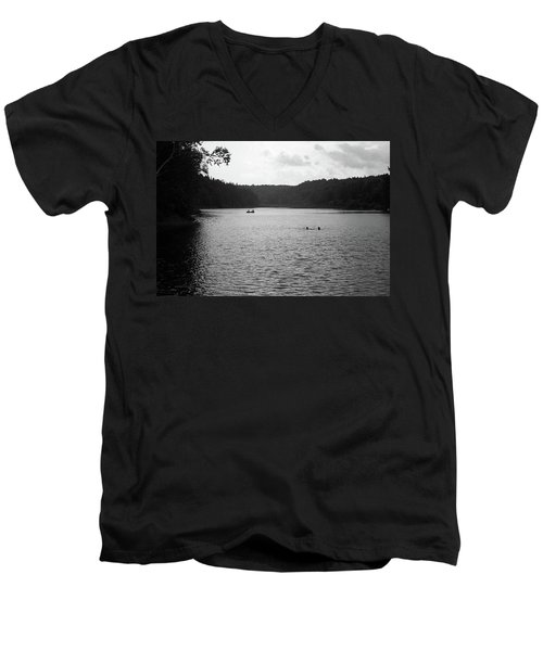 Men's V-Neck T-Shirt featuring the photograph Brookfield, Vt - Swimming Hole Bw 2 by Frank Romeo
