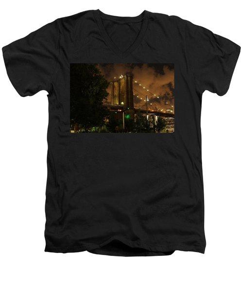 Brooklyn Bridge At Night Men's V-Neck T-Shirt