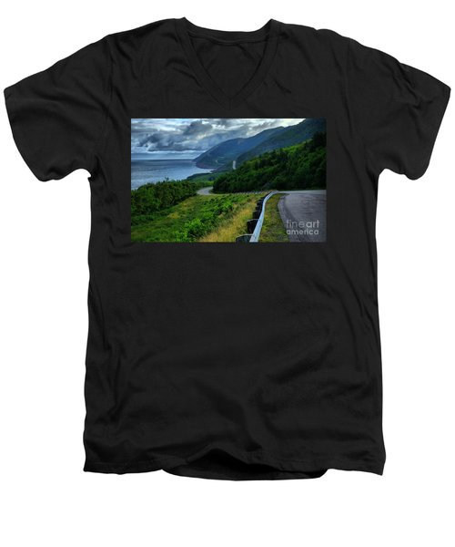 Cabot Trail Men's V-Neck T-Shirt