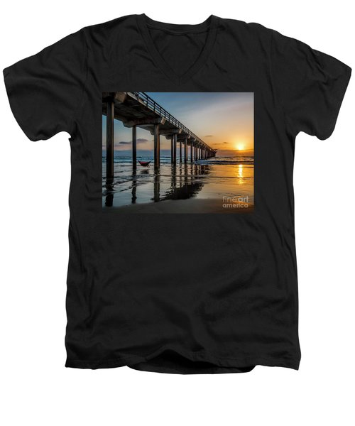 California Dream'n Men's V-Neck T-Shirt