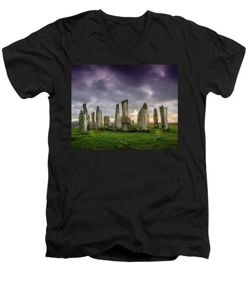 Callanish Stone Circle, Scotland Men's V-Neck T-Shirt