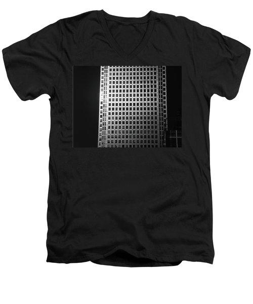Canary Warf London 2 Men's V-Neck T-Shirt