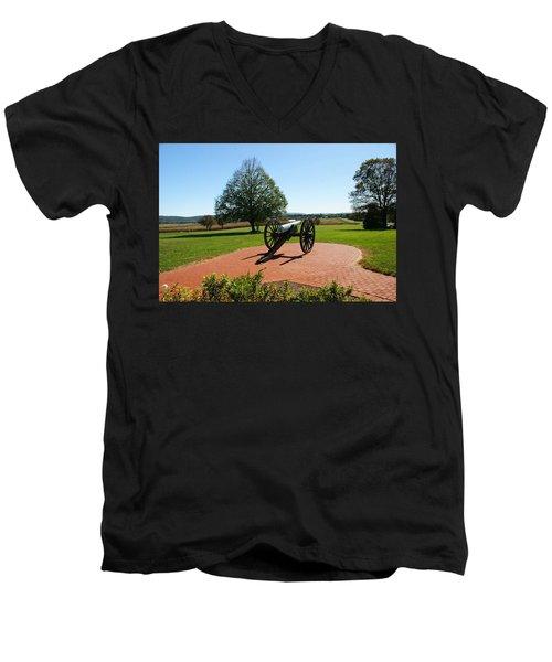 Canon At Antietam Men's V-Neck T-Shirt