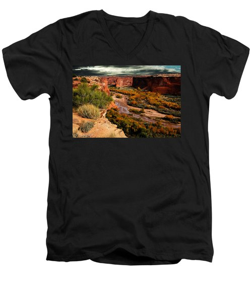 Men's V-Neck T-Shirt featuring the photograph Canyon De Chelly by Harry Spitz
