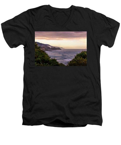 Cape Perpetua, Oregon Coast Men's V-Neck T-Shirt