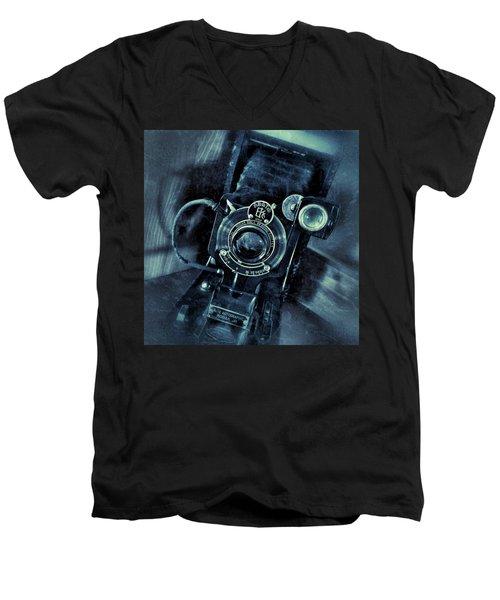 Captured Antique Men's V-Neck T-Shirt