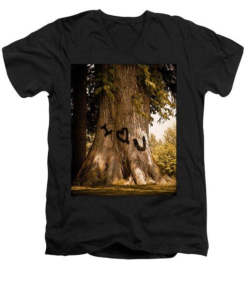 Carve I Love You In That Big White Oak Men's V-Neck T-Shirt
