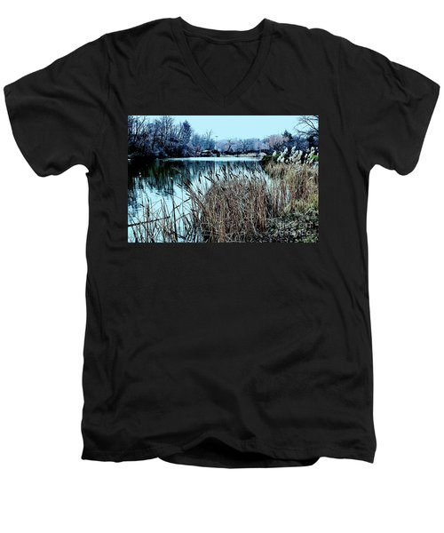 Cattails On The Water Men's V-Neck T-Shirt