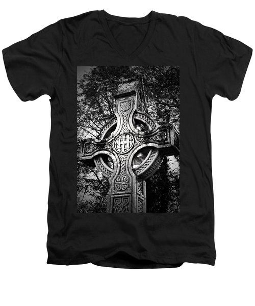 Celtic Cross Detail Killarney Ireland Men's V-Neck T-Shirt