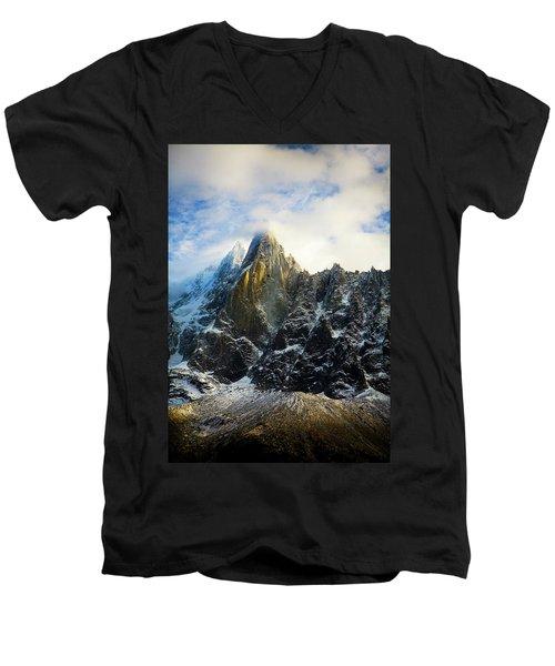 Chamonix Men's V-Neck T-Shirt