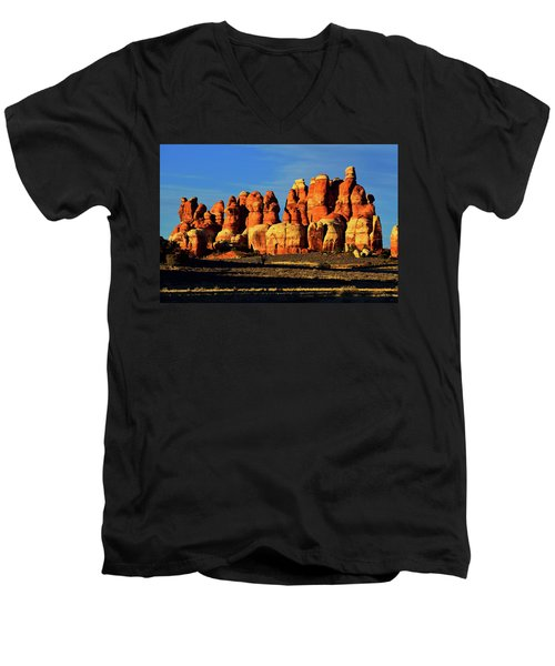 Chesler Park Sandstone Towers Men's V-Neck T-Shirt