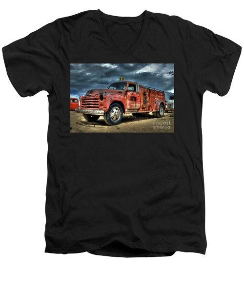 Chevrolet Fire Truck Men's V-Neck T-Shirt