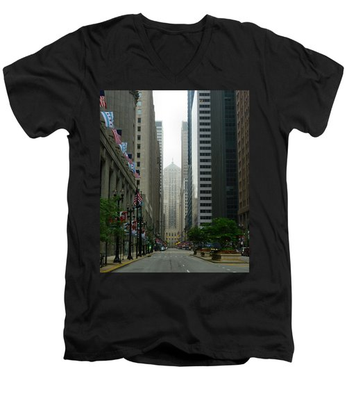 Chicago Architecture - 17 Men's V-Neck T-Shirt