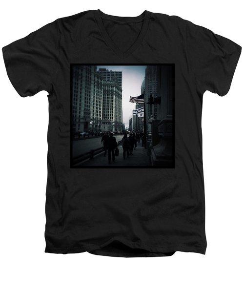 Chicago City Fog Men's V-Neck T-Shirt