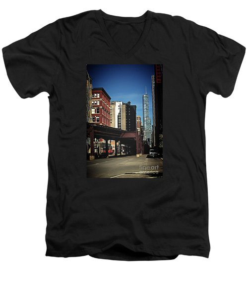 Chicago L Between The Walls Men's V-Neck T-Shirt