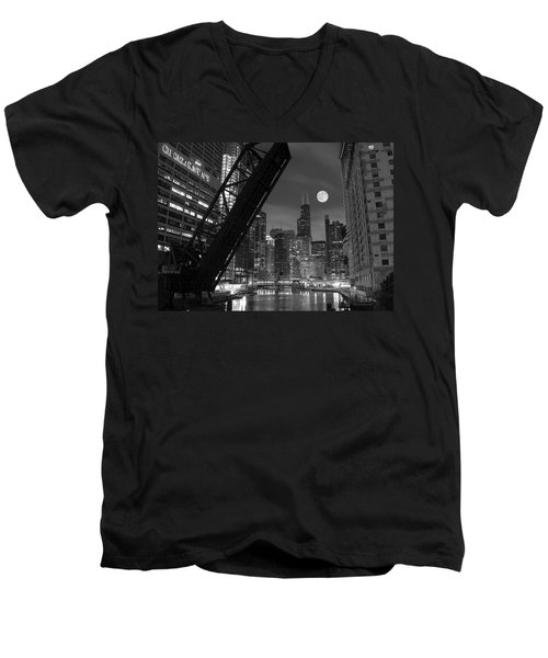 Chicago Pride Of Illinois Men's V-Neck T-Shirt by Frozen in Time Fine Art Photography