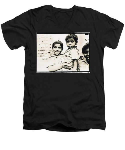 Of Hope And Fear, Children In Mexico Men's V-Neck T-Shirt