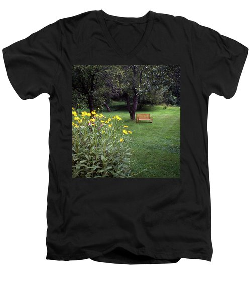 Churchyard Bench - Woodstock, Vermont Men's V-Neck T-Shirt