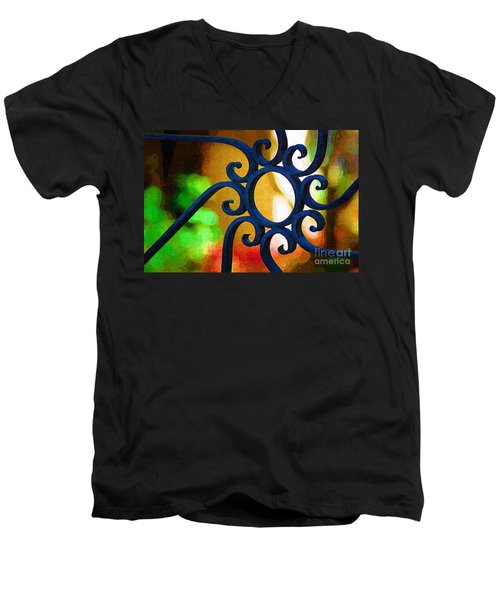 Circle Design On Iron Gate Men's V-Neck T-Shirt