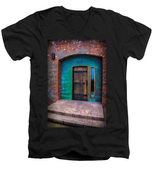 Clam Cannery Door Men's V-Neck T-Shirt