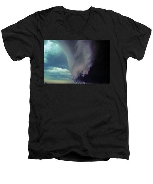 Classic Nebraska Shelf Cloud 029 Men's V-Neck T-Shirt
